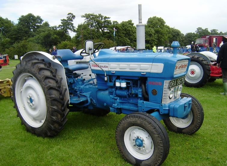 ford 4000 tractor specs