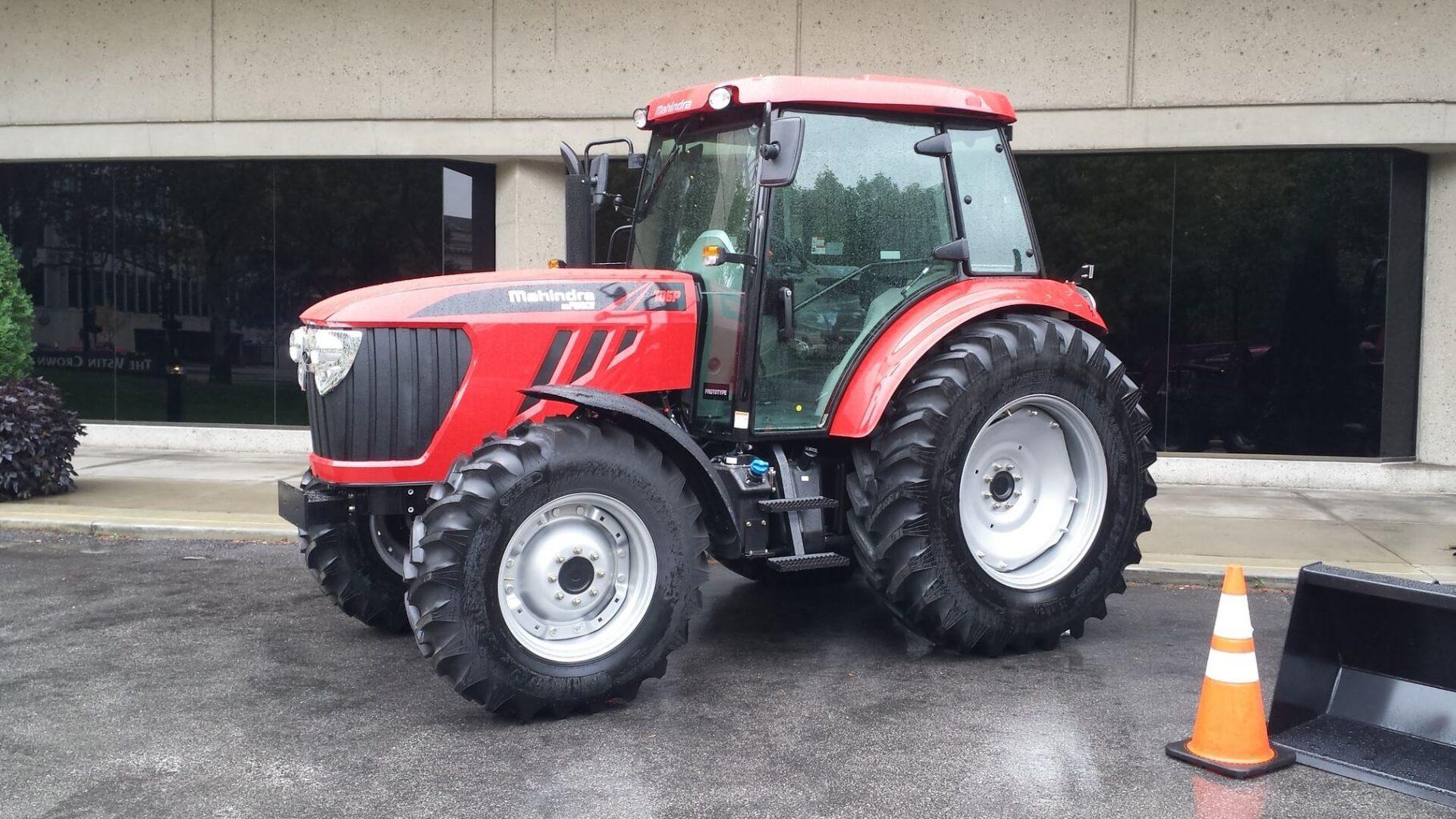 mFORCE 105P tractor