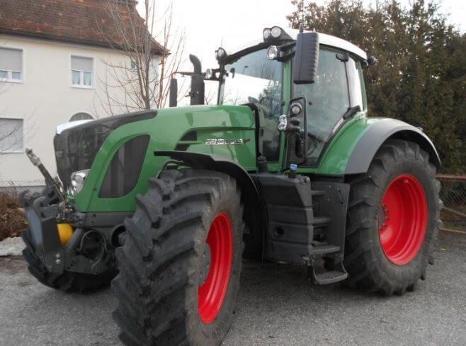 Fendt 933 Vario Tractor