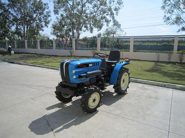 Hinomoto E180DT Tractor